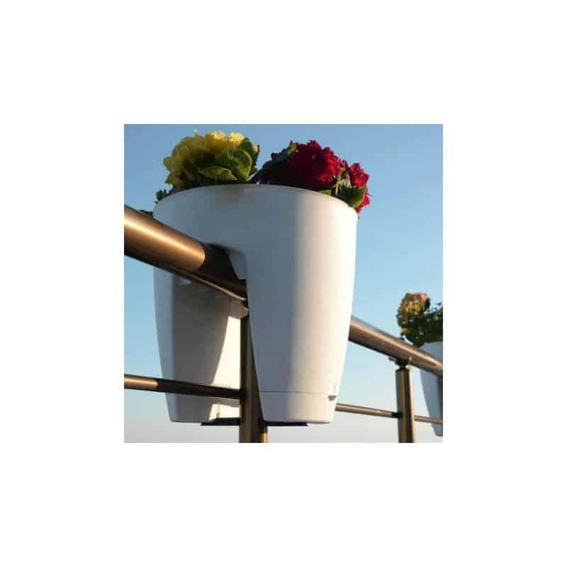 jardini re jardini re design jardini re pour balcon. Black Bedroom Furniture Sets. Home Design Ideas