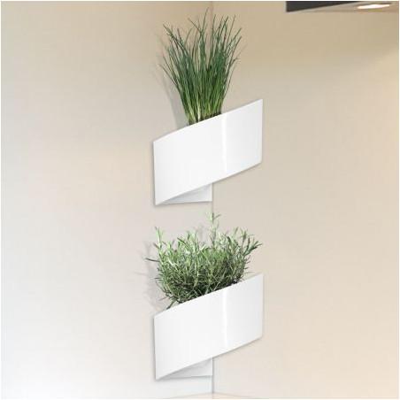 Pot de fleur design blanc pour coin