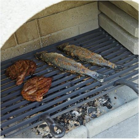 Grille barbecue en fonte