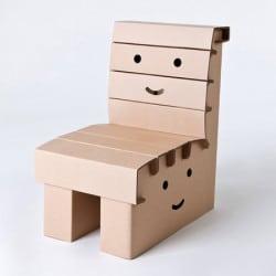 Chaise enfant en carton à colorier