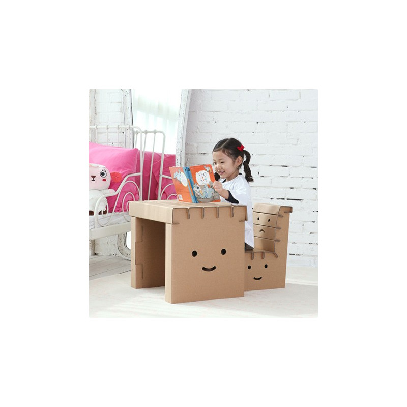 bureau en carton monter soi m me diy bureau en carton. Black Bedroom Furniture Sets. Home Design Ideas
