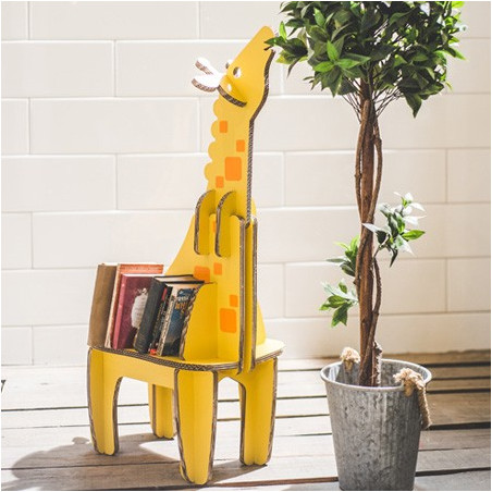 Bibliothèque enfant en carton Girafe