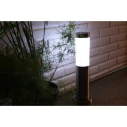 Lampes solaires et lanternes pour jardin - éclairage extérieur ...